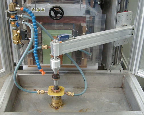 Machine for vertical hardening of piston rods AproPower VH 100/100
