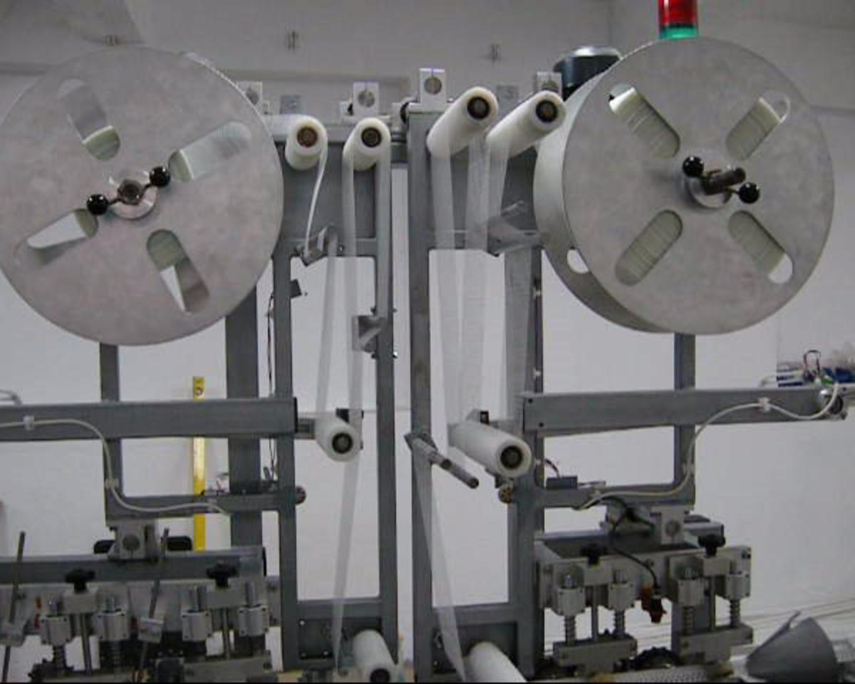 Equipment for production of PVC corner profiles